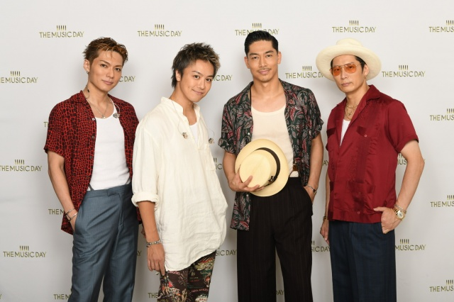『THE MUSIC DAY』に出演したEXILE(左から)EXILE SHOKICHI、EXILE TAKAHIRO、EXILE AKIRA、黒木啓司(C)日本テレビの画像