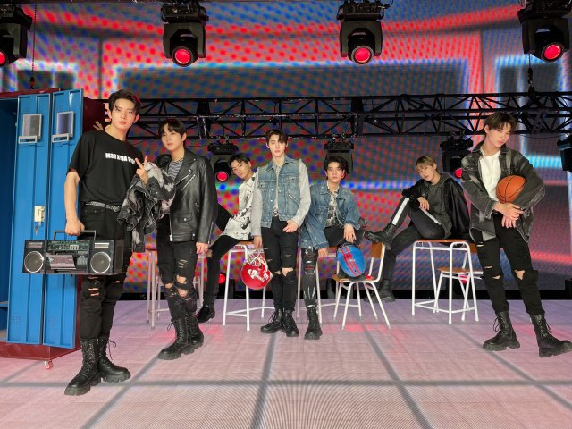 ENHYPENにとってのBLOOD SONG、BTSの『Boy In Luv』を披露(C)BELIFT LABの画像