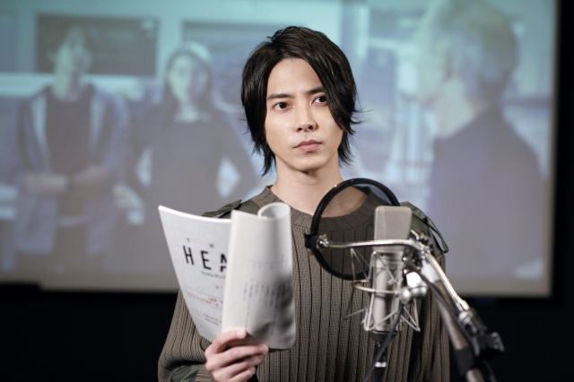 Huluオリジナル「THE HEAD』のアフレコに挑戦する山下智久 (C)Hulu Japanの画像