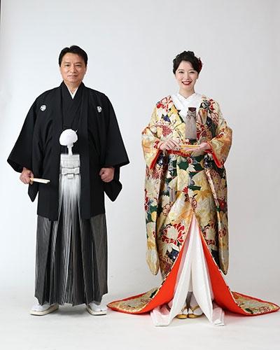 (左から)西岡真一郎氏、友寄蓮(写真は友寄蓮の所属事務所公式サイトから)の画像
