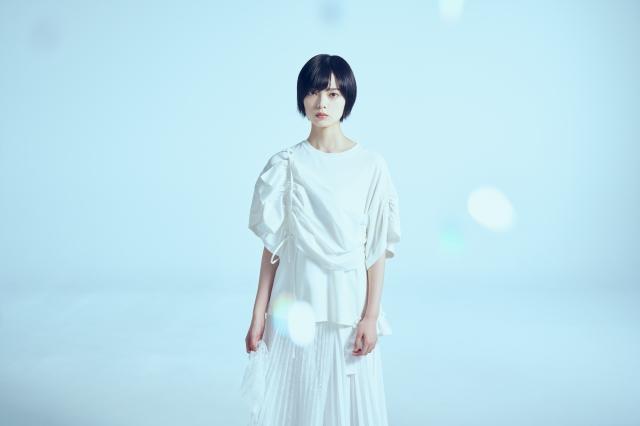 NHKドラマ『風の向こうで駆け抜けろ』で主演を務める平手友梨奈 (C)NHKの画像
