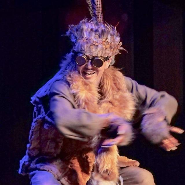 パフォーマンスグループ「SOUKI」公演の様子の画像
