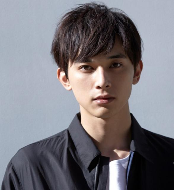 『第33回 マイナビ 東京ガールズコレクション 2021 AUTUMN/WINTER』への出演が決定した吉沢亮の画像
