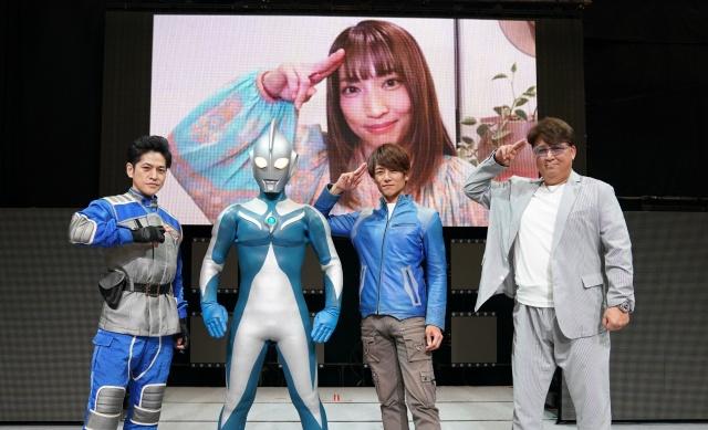 20年ぶりに集結したチームEYES(左から)市瀬秀和、杉浦太陽、嶋大輔(C)円谷プロの画像