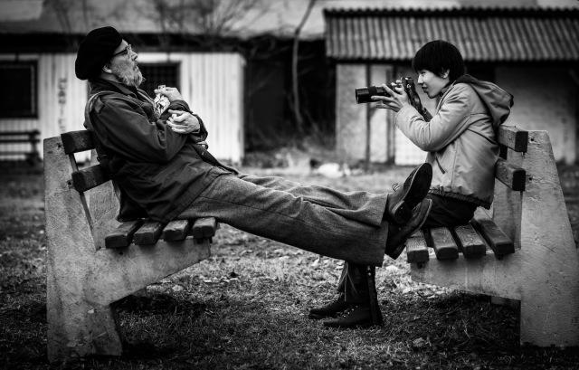 ジョニー・デップと青木柚の共演シーン=映画『MINAMATA-ミナマタ-』(9月23日公開) (C)Larry Horricksの画像