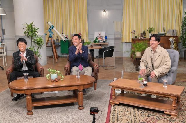 特別番組『東野&吉田のほっとけない人』に出演する(左から)吉田敬、東野幸治、村上信五 (C)MBSの画像