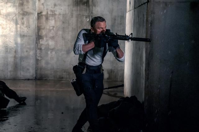 映画『007/ノー・タイム・トゥ・ダイ』(10月1日公開) (C)2021 DANJAQ, LLC AND MGM. ALL RIGHTS RESERVED.の画像