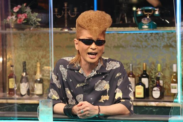 2日放送の『人志松本の酒のツマミになる話』に出演する綾小路翔 (C)フジテレビの画像