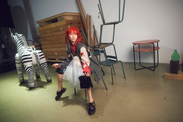ニューシングル「HADASHi NO STEP」を発売するLiSAの画像