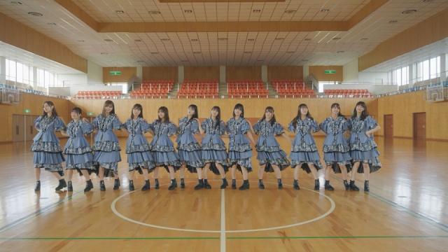加入5周年を迎えた乃木坂46の3期生12人での最後の作品となる「思い出ファースト」MVの画像