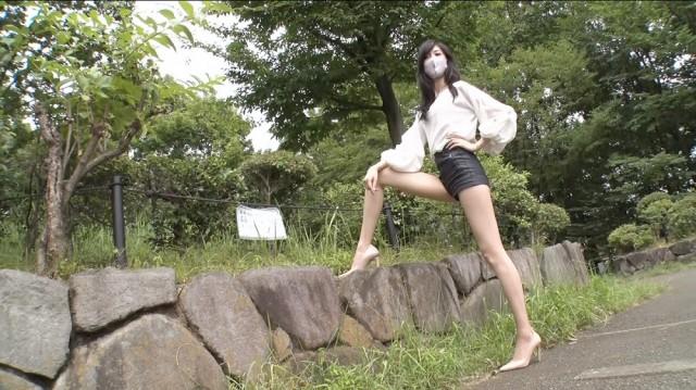 『ノブナカなんなん?』に出演する彦坂桜(C)テレビ朝日の画像