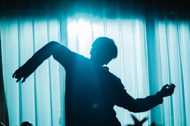 ドラマ『「ボイスII 110緊急指令室』よりNOPPO(s**t kingz)が振り付けを手がけた「白塗りの舞」動画が解禁(C)日本テレビの画像