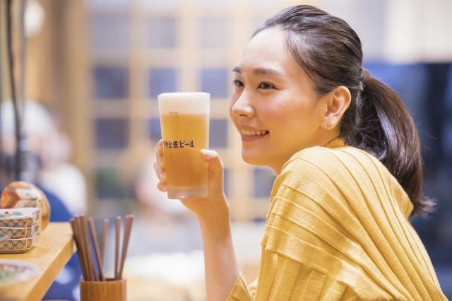 『アサヒ生ビール 通称マルエフ』新TVCM「アサヒ生ビール 復活の生 」篇 &「アサヒ生ビール おつかれ生です」篇に出演する新垣結衣の画像
