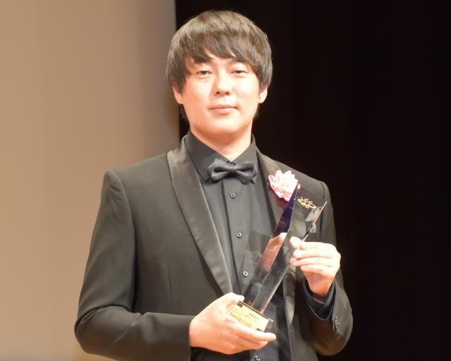 自身のドキュメンタリーがグランプリを獲得したウーマンラッシュアワー・村本大輔 (C)ORICON NewS inc.の画像