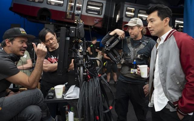 マーベル・スタジオ映画『シャン・チー/テン・リングスの伝説』(公開中)メイキング写真(C)Marvel Studios 2021の画像