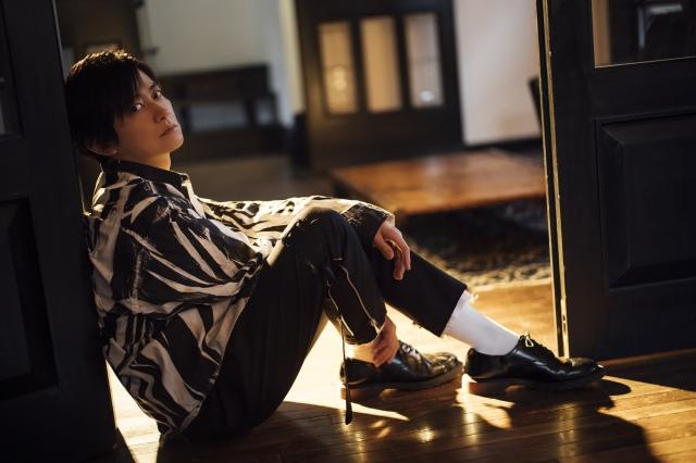 下野紘『TVガイドVOICE STARS』表紙&30P巻頭特集の画像