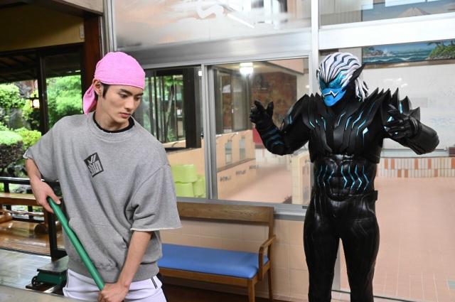 『仮面ライダーリバイス』第2話より (C)2021 石森プロ・テレビ朝日・ADK EM・東映の画像