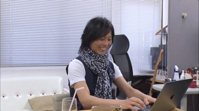 『人生が変わる1分間の深イイ話』に出演するつんく♂ (C)日本テレビの画像