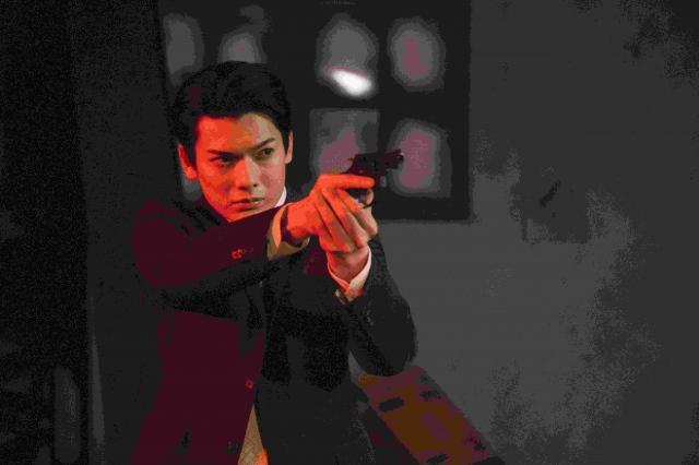 崎山つばさ主演、映画『クロガラス0』(9月17日公開) (C)エイベックス・ピクチャーズの画像
