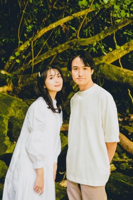 結婚を発表した(左から)北原里英、笠原秀幸(写真はTwitterより/事務所許諾済み)の画像