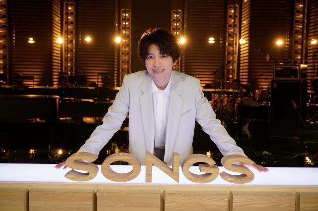 10月7日放送のNHK総合『SONGS』に出演する山崎育三郎(C)NHKの画像