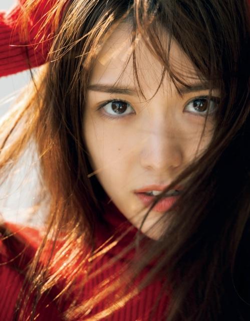 『BAILA』11月号よりレギュラーモデルに加入することが決定した松村沙友理 (C)BAILA11月号/集英社 撮影/YUJI TAKEUCHI BALLPARKの画像