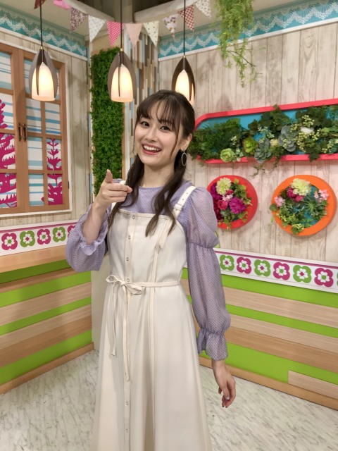 『ズームイン!!サタデー』マンスリーお天気キャスター10月を担当する小椋梨央 (C)日本テレビの画像