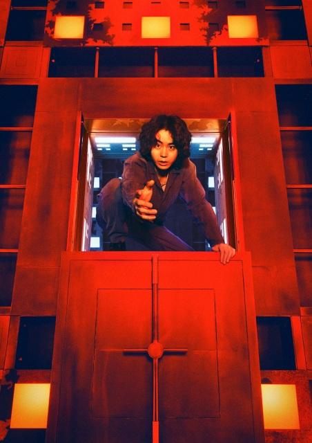 映画『CUBE 一度入ったら、最後』(10月22日公開)菅田将暉扮するエンジニアの後藤裕一(29歳)(C)2021「CUBE」製作委員会の画像