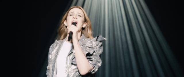 セリーヌ・ディオンの半生を映画化した『ヴォイス・オブ・ラブ』12月公開の画像