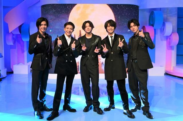 8日放送『ZIP!』でKing & Princeが新曲「恋降る月夜に君想ふ」を披露 (C)日本テレビの画像