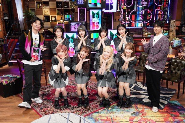 8日放送『MUSIC BLOOD』に出演する(左から)田中圭、AKB48、千葉雄大 (C)日本テレビの画像