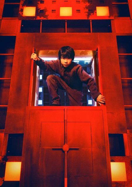 映画『CUBE 一度入ったら、最後』(10月22日公開)田代輝が扮する中学生の宇野千陽(13歳)(C)2021「CUBE」製作委員会の画像