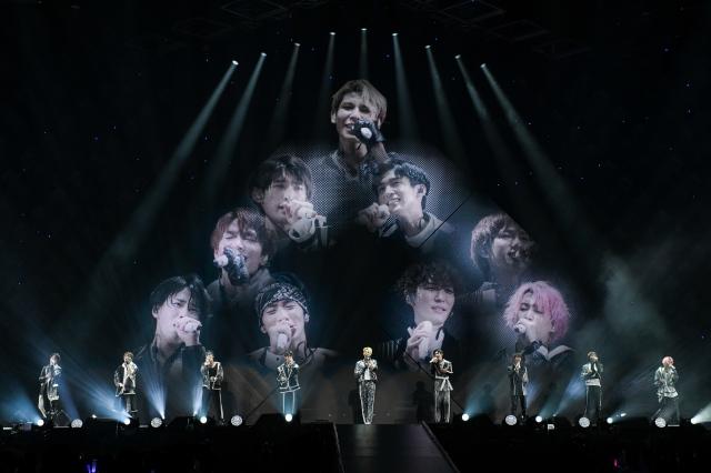 アリーナツアー『Snow Man LIVE TOUR 2021 Mania』初日公演を開催したSnow Manの画像