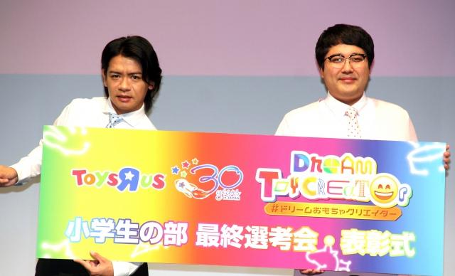 『キングオブコント2021』への無念をにじませたマヂカルラブリー(左から)野田クリスタル、村上 (C)ORICON NewS inc.の画像