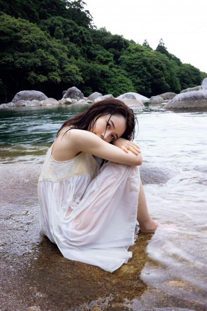 モーニング娘。'21の森戸知沙希が屋久島で撮影した写真集『with thanks』の画像