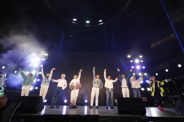 『J-WAVE INNOVATION WORLD FESTA 2021』の大トリを務めたSKY-HI率いるBMSG Photo by アンザイミキの画像