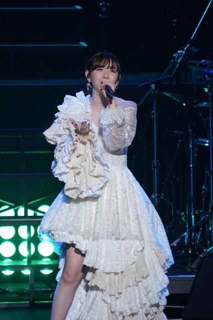 ワンマンライブツアー『鈴木愛理 LIVE 2021~26/27~』東京公演を開催した鈴木愛理の画像