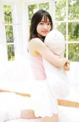 櫻坂46期待の純白美女・大園玲、念願の『チャンピオン』初ソロ表紙に「本当にうれしい!!」