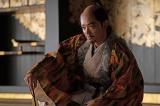 織田信長(染谷将太)=大河ドラマ『麒麟がくる』第40回より (C)NHKの画像