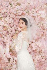 「かわいすぎる」堀田真由の花嫁姿を公開 鈴木仁は花婿演じる