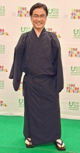 乙武洋匡「ほぼ初めて」の和装姿 義足でのファッションショー参加「意外性を楽しんで」