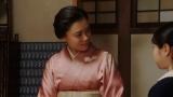 春子と話しをする千代(杉咲花)=連続テレビ小説『おちょやん』最終週・第112回より (C)NHKの画像