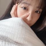 大友花恋、寝起きのすっぴん自撮りショットに歓喜の声「最高に美しい」」