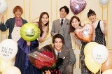 中川大志、主演ドラマ撮影現場で誕生日祝い 新木優子&田中みな実らと記念撮影