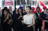 大人びた魅力を放つ芳根京子&近未来を表現した美術にも注目 映画『Arc アーク』本編映像