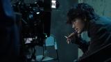 綾野剛主演『アバランチ』 舞台裏に迫るドキュメンタリー動画が公開 福士蒼汰との関係を語る