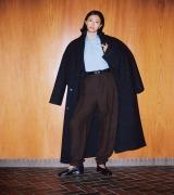 榮倉奈々、久々のファッションシューティングを堪能 多彩な冬のコートコーデを披露