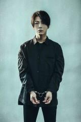 『連続ドラマW 正体』に主演する亀梨和也(KAT-TUN)の画像